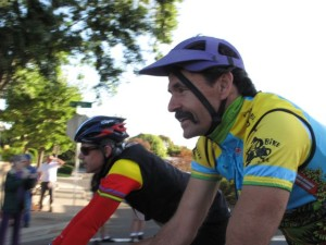 I had a brief chat with Tom Ritchey who has a home along the course.