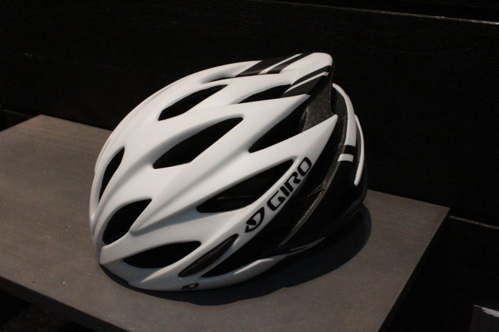 Photo: The Savant is Giro's first road helmet that will include Mips and will go for only $110.