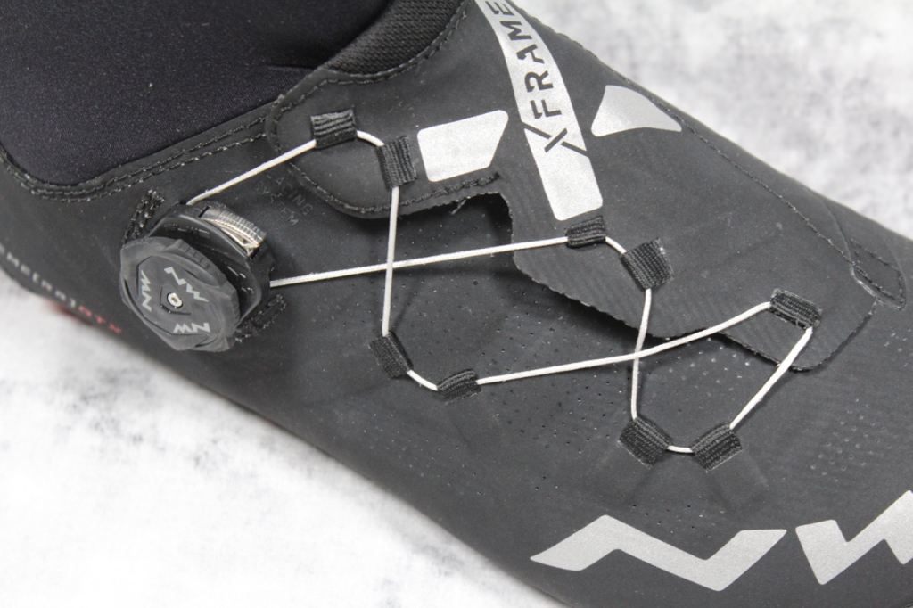 "98f938dfbeb The neoprene cuff on the Extreme RR 2 GTX immediately sets it apart from  other cycling shoes. It's a handy way to shorthand ""winter shoe that excels  in wet ..."